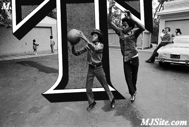 young michael jackson shooting hoops with trumbull magazine and his brother